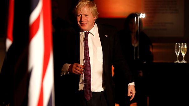Boris Johnson vuole un ponte sulla Manica