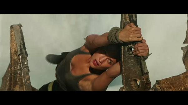 "New trailer reveals ""Tomb Raider"" reboot has teeth"
