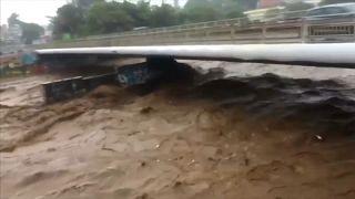 Ρεϊνιόν: Μεγάλες καταστροφές από το πέρασμα της Μπιργκίτα
