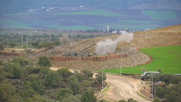 Das türkische Militär beschießt den Nordwesten Syriens