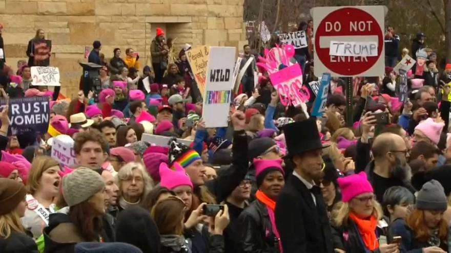 """Usa: dopo la manifestazione anti-aborto, torna la """"Marcia delle donne"""""""
