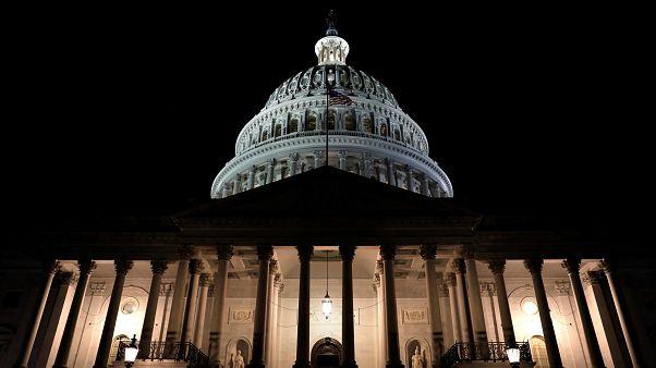 ΗΠΑ: «Λουκέτο» στις ομοσπονδιακές υπηρεσίες