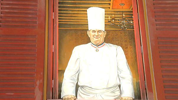 وفاة امبراطور المطبخ الفرنسي بول بوكوز عن عمر يناهز 91 سنة
