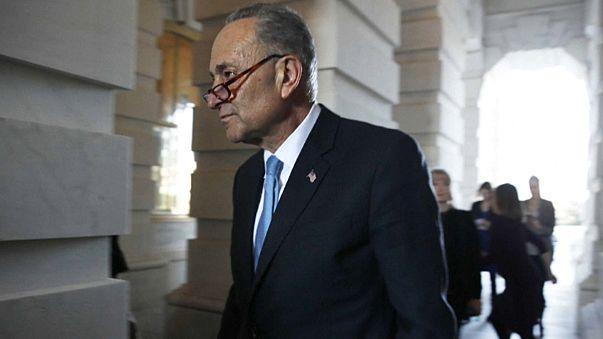 """""""Shutdown"""": republicanos e democratas trocam acusações"""