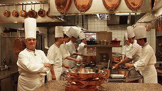 Πολ Μποκιούζ: Η μακρά διαδρομή του «πάπα» της γαλλικής κουζίνας