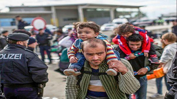 ألمانيا تدفع المال لتحفيز اللاجئين على مغادرتها طوعا