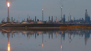 رغبة روسية في زيادة إنتاج البترول يقابلها تردّد عربي
