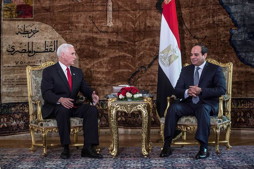 Mike Pence con il presidente egiziano al-Sisi