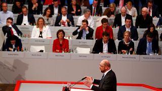 Πράσινο φως από το SPD για διαπραγματεύσεις με στόχο τον σχηματισμό κυβέρνησης