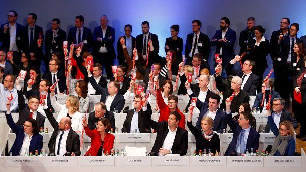 Съезд СДПГ проголосовал за начало переговоров о коалиции с ХДС/ХСС