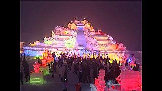 China: Eisfestival begeistert Besucher