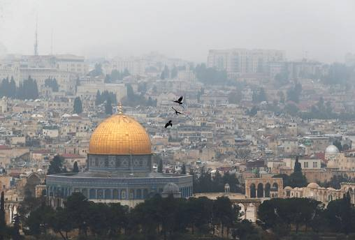 بنس يزور القدس لعدة مرات لكنه يزورها بقلبه ملايين المرات.. لماذا القدس؟