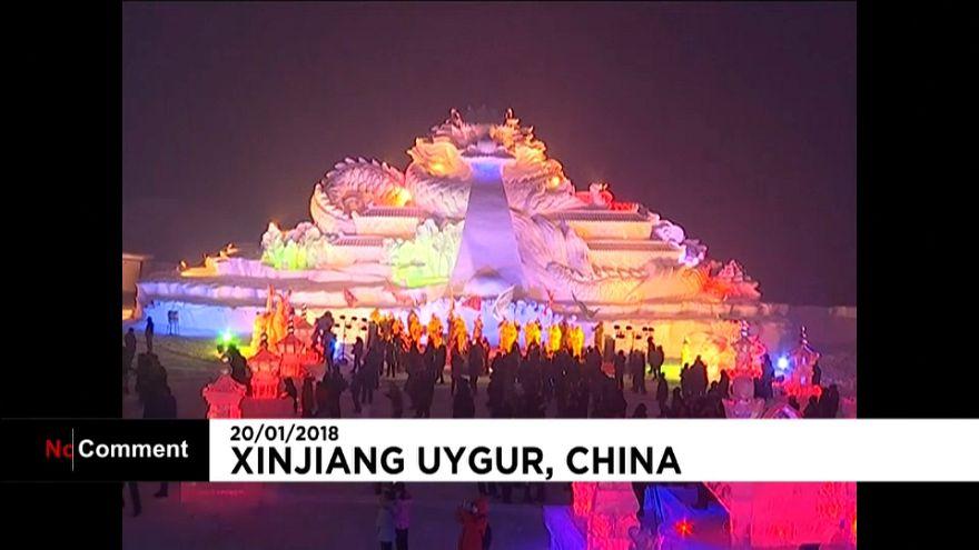 شاهد.. مهرجان الثلج في الصين في حلته الملونة الجديدة