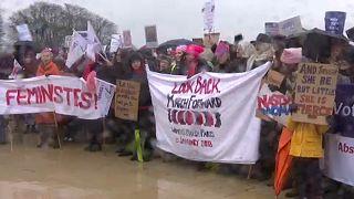 Nők Menete – százezrek tüntettek világszerte