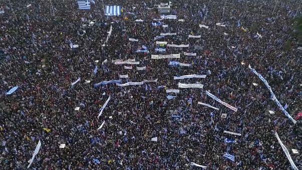 Grecia: megamanifestazione dei nazionalisti a Salonicco
