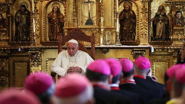 Le pape termine son périple en Amérique latine