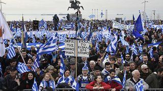 27 yıldır çözülemeyen sorun: Selanik'te 'Makedonya ismi' protestosu