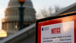 Usa: terzo giorno di shutdown, si cerca l'accordo