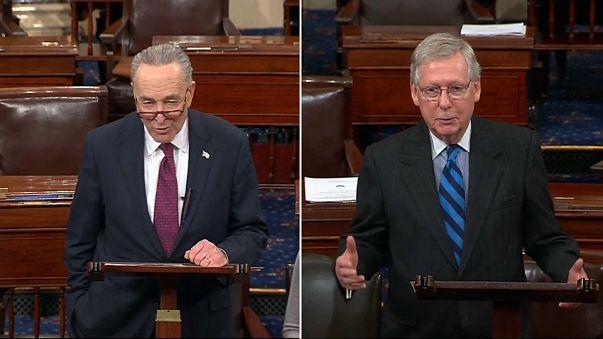 El demócrata Chuck Schumer y el republicano Mitch McConnell