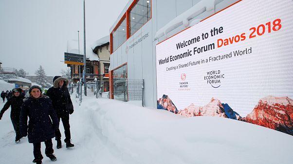 """Forum de Davos : """"créer un avenir commun dans un monde fracturé"""""""