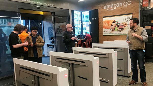 Amazon Go: Το 1ο σούπερ μάρκετ χωρίς εργαζόμενους