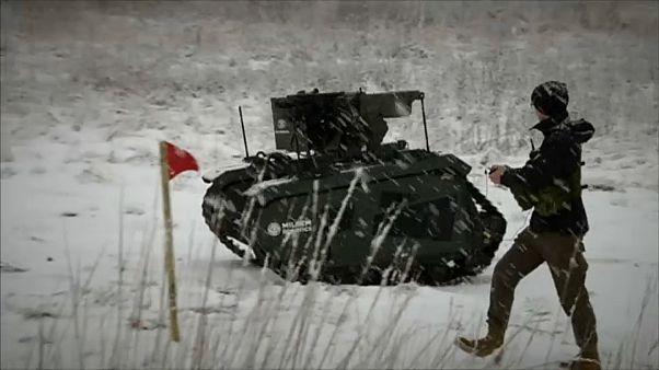 Batalha de robots militares em Tapa, na Estónia