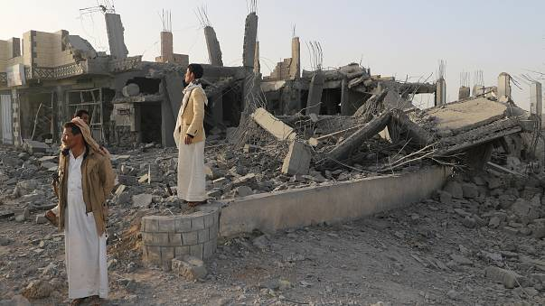 Yemen suffers deadly strikes as Russia calls for dialogue to resolve crisis