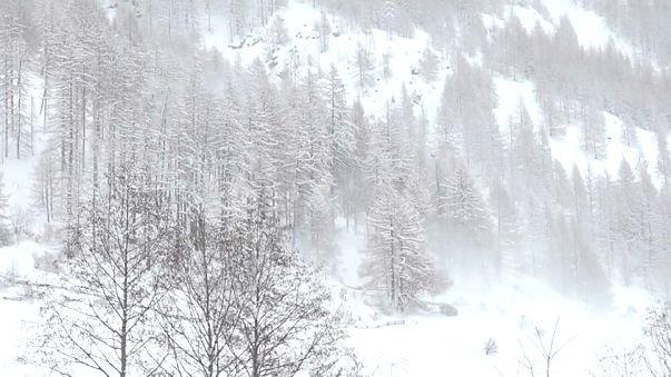 Neve: allerta valanghe in Svizzera, Austria, Alto Adige