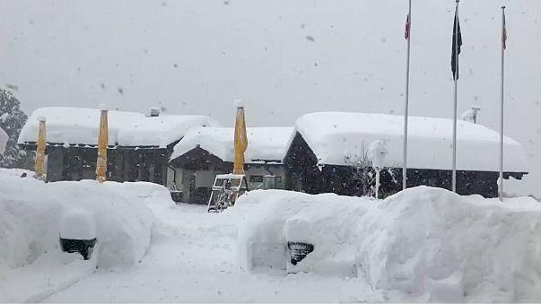 A hotel covered in snow is seen in Zermatt , Switzerland (Jan 8, 2018)