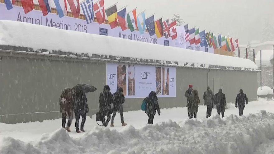 Davos'ta gündem büyüme ve eşitsizlik