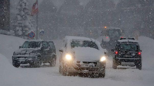 Nevões e elevado risco de avalanche no centro da Europa