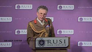 Brit parancsnok: Moszkva háborúra készül