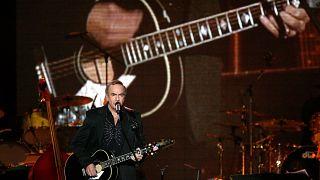 Abbahagyja a turnézást Neil Diamond
