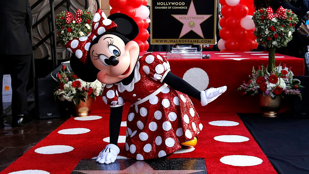 Anche Minnie ora brilla tra le stelle di Hollywood