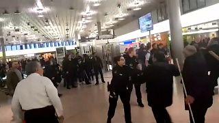 violência no aeroporto de Hanover