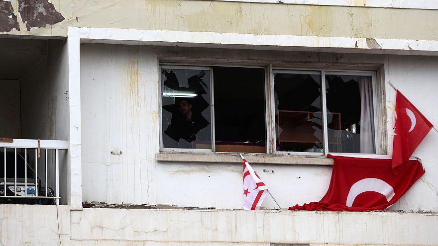 Un journal chypriote attaqué par des nationalistes turcs