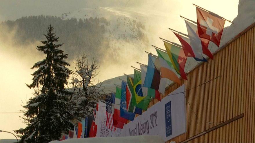 Davos: Otimismo do FMI e o bom exemplo de Portugal