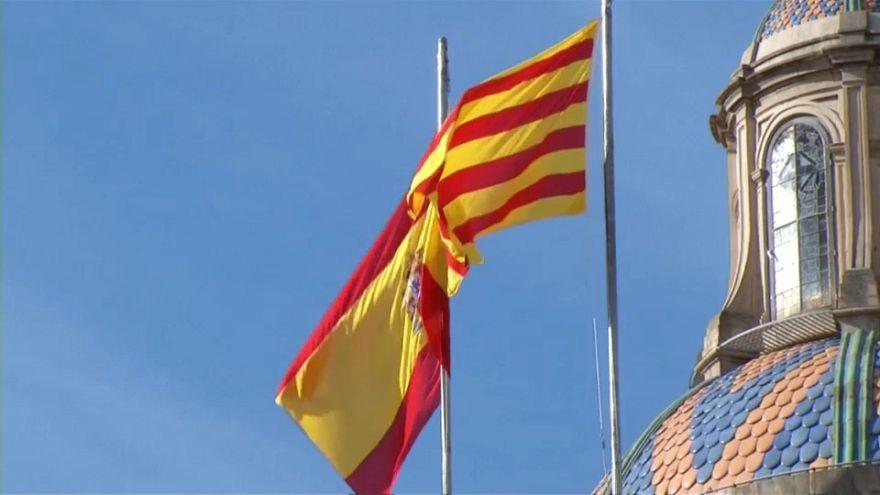 Puigdemont y Rajoy siguen enrocados
