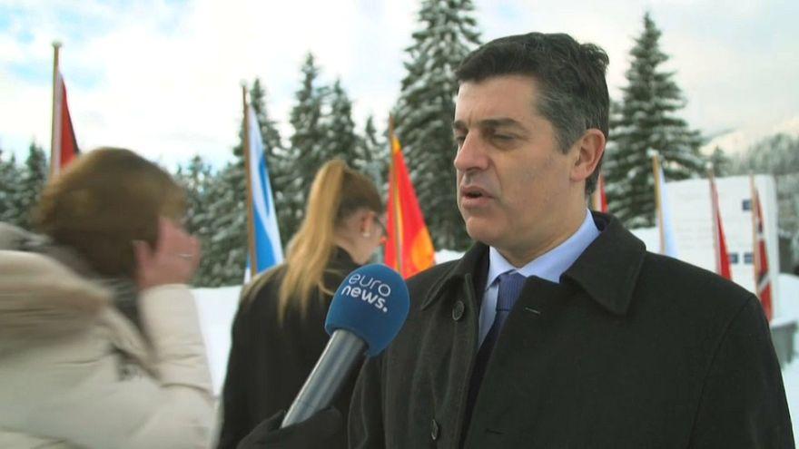 وزير الاقتصاد البرتغالي مانويل كالديرا كابرال في حديث ليورونيوز من دافوس