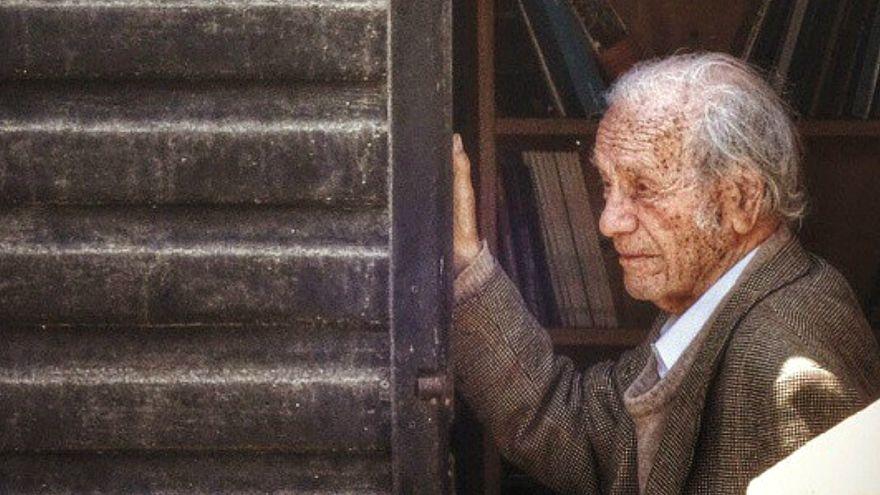 Adiós a Nicanor Parra, creador de la antipoesía