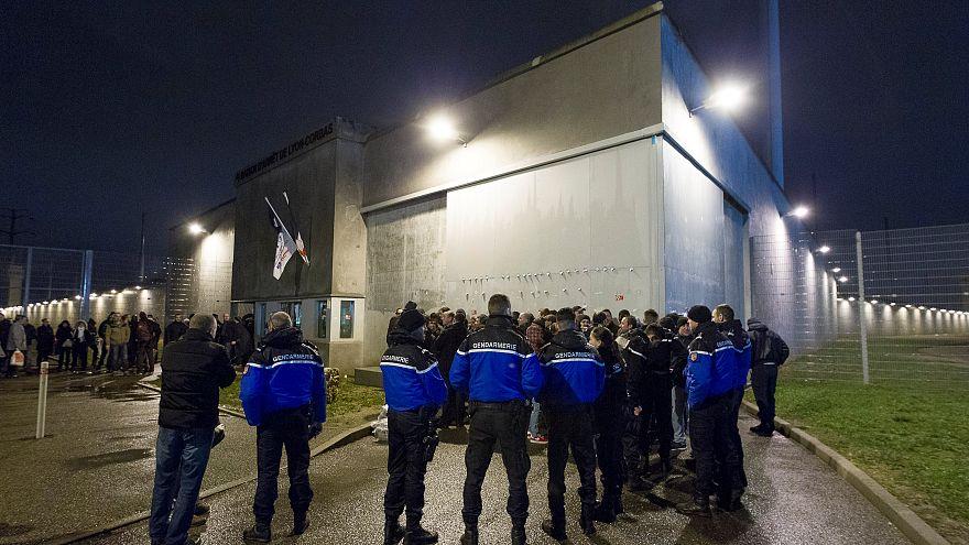 Désengorger les prisons, la solution à la crise selon l'OIP