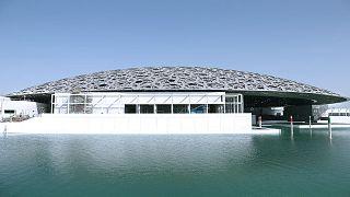 متحف اللوفر أبو ظبي يُسقط إسم قطر من خريطة الخليج