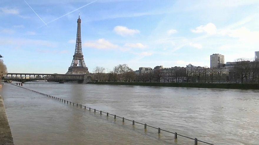 Maltempo, a rischio esondazione la Senna a Parigi