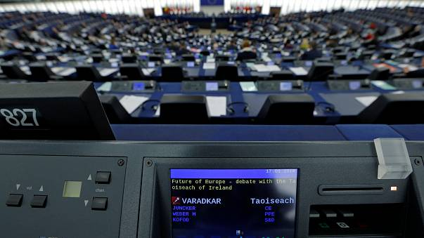 Eurodeputados sugerem lista eleitoral transnacional pós-Brexit