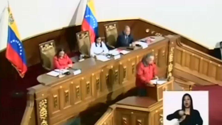 Venezuela 30 Nisan'da sandığa gidiyor