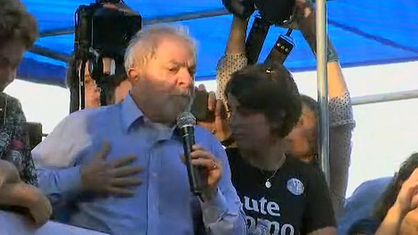 """""""За президента Лулу!"""""""