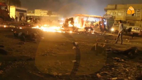 Un doble atentado causa decenas de muertos en Libia