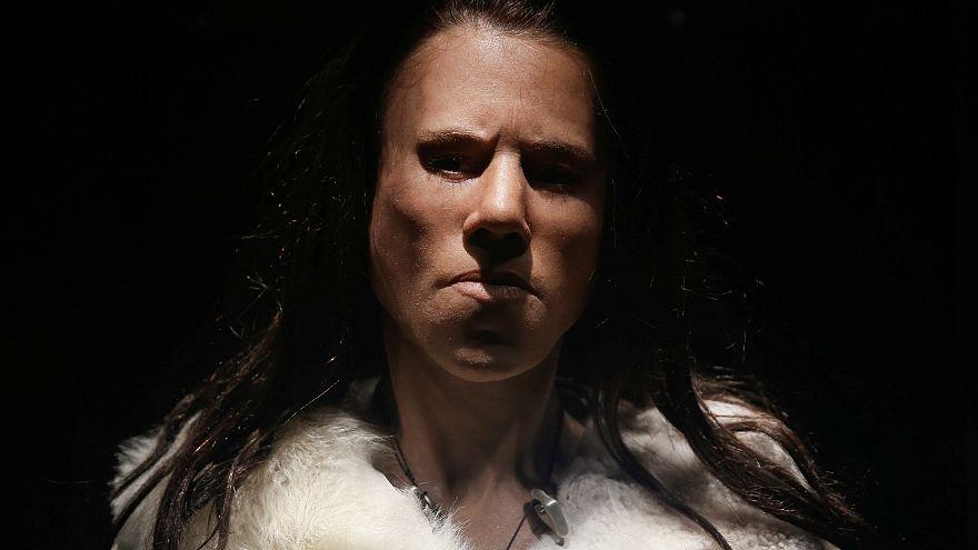 Yunanistan'da 9 bin yıl önce yaşayan kadının yüzü yeniden şekillendirildi