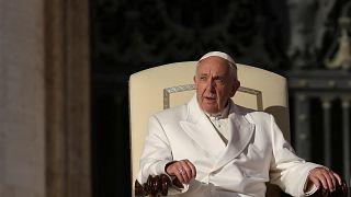 Il Papa contro le Fake News: giornalismo è una missione