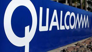 Pagò Apple contro i rivali, Ue infligge multa da 1 miliardo a Qualcomm